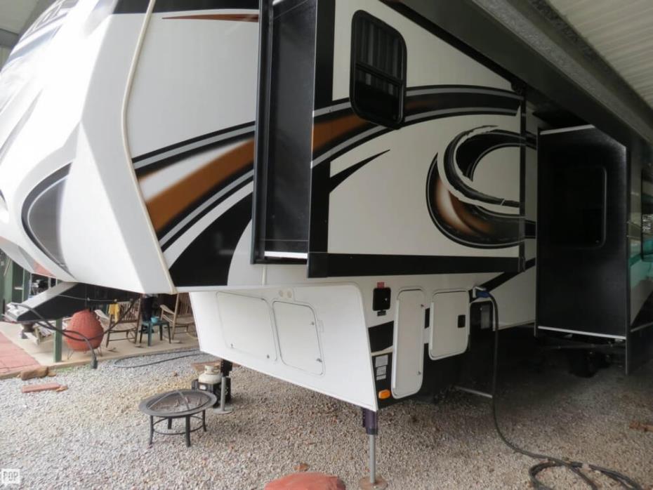 2013 Keystone Fuzion 315 FZ315, 1