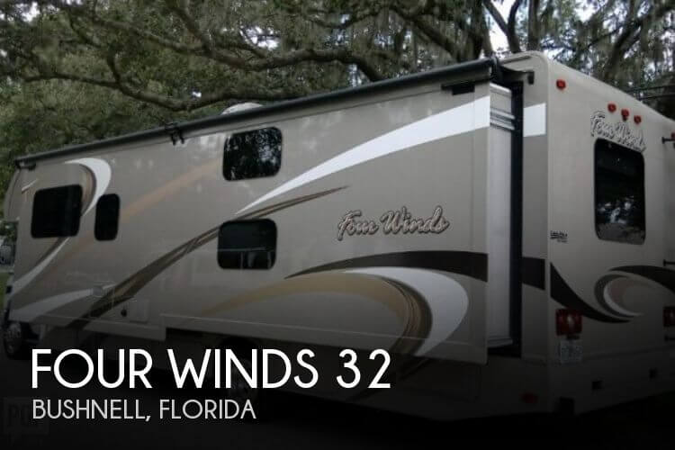2016 Thor Motor Coach Four Winds 32