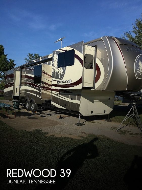 2016 Redwood RV Redwood 39