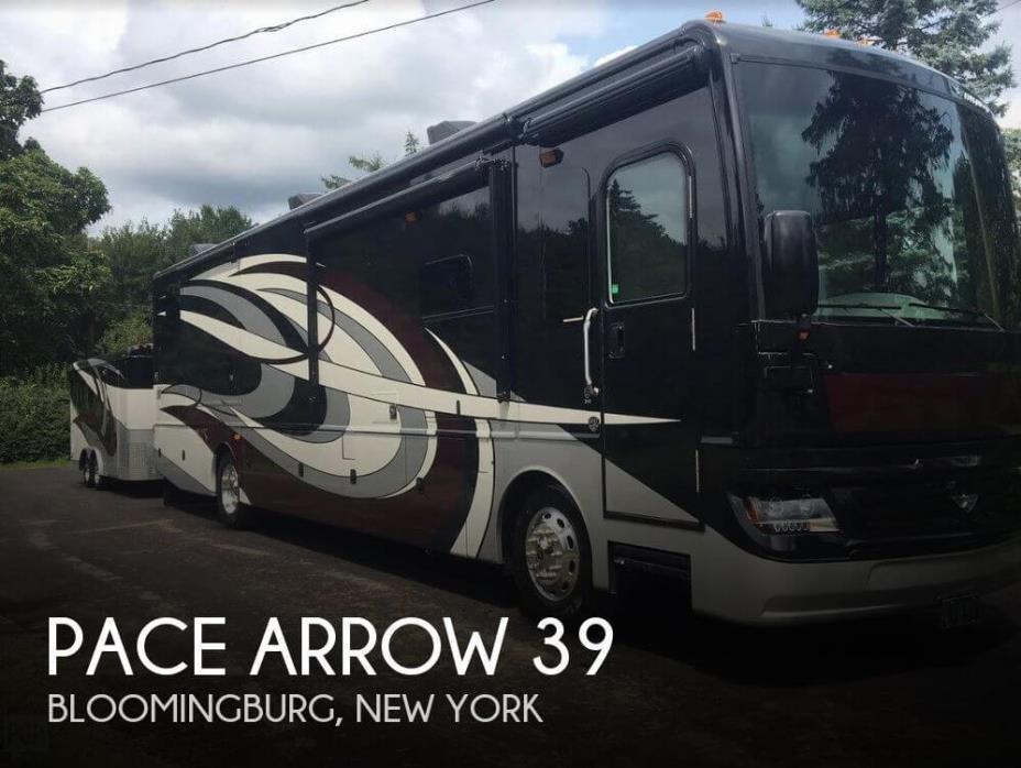 2018 Fleetwood Pace Arrow 38k LXE
