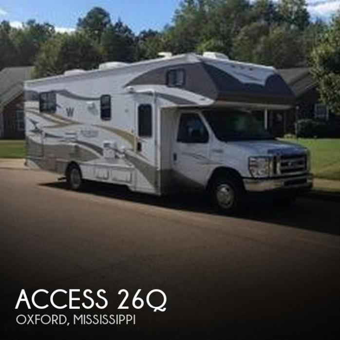 2012 Winnebago Access 26Q