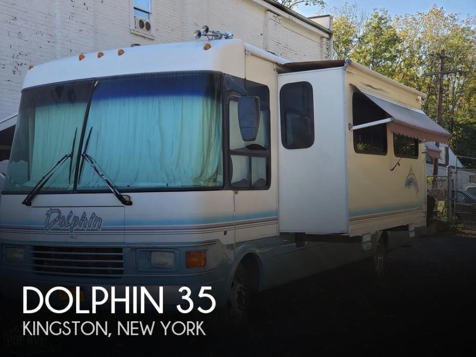 1999 National RV Dolphin 35