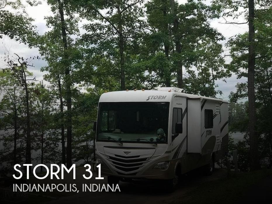 2011 Fleetwood Storm 31