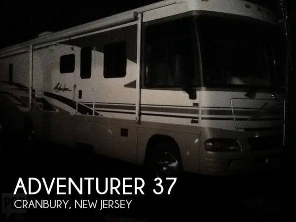2003 Winnebago Adventurer 37
