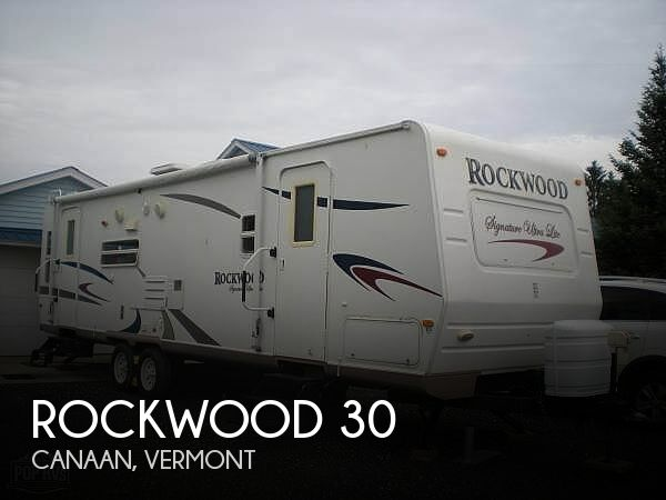 2008 Forest River Rockwood 30