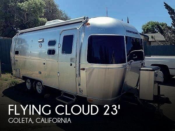 2018 Airstream Flying Cloud 23CBB Bunk