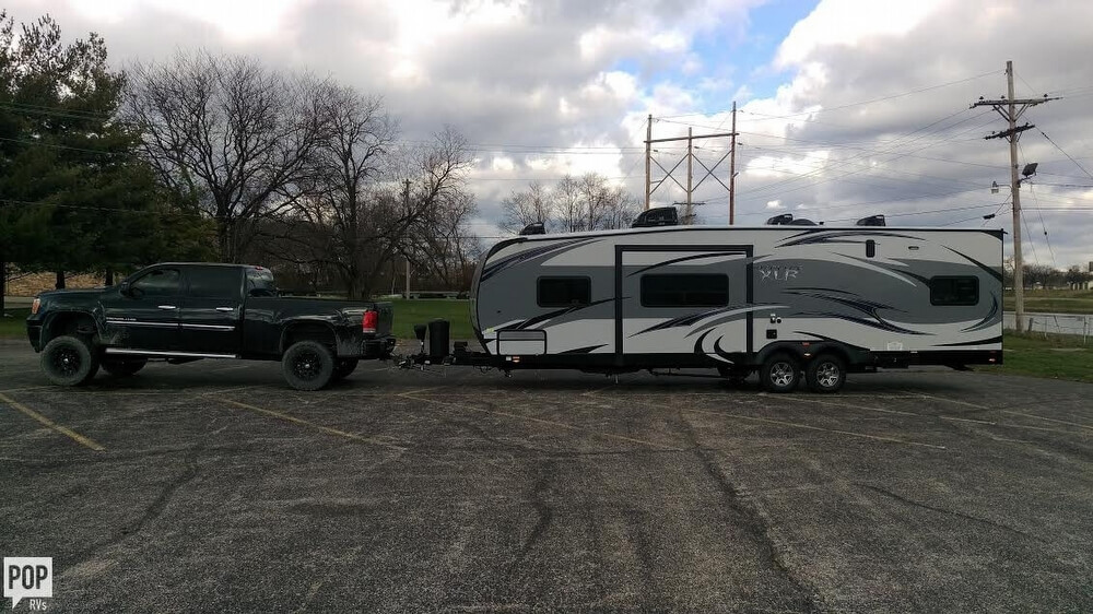 2015 Hyperlite (by Forest River) 29HFS, 2