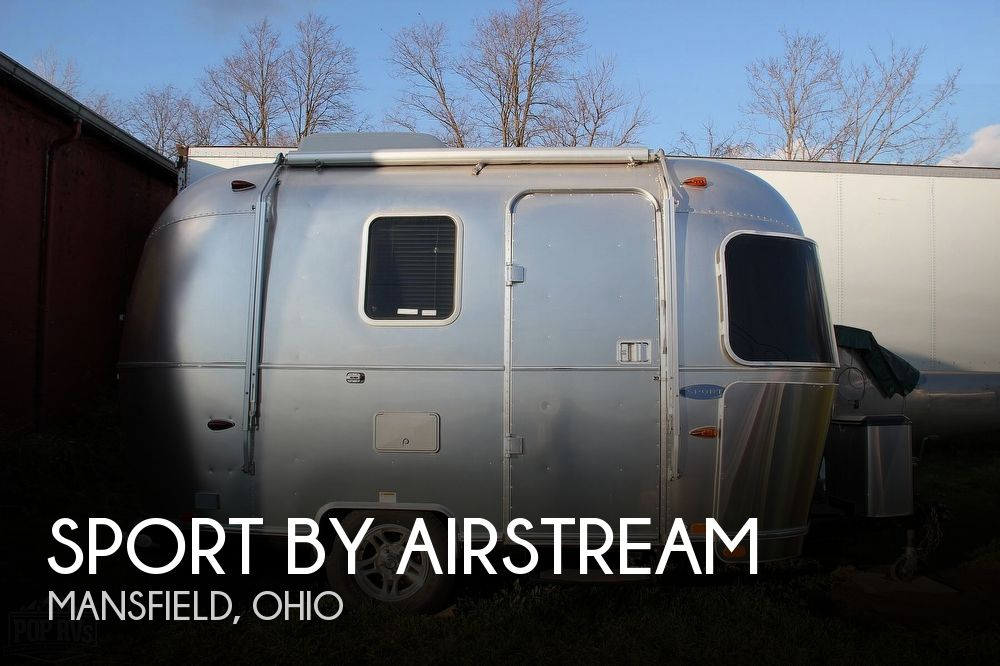 2010 Sport by Airstream 16