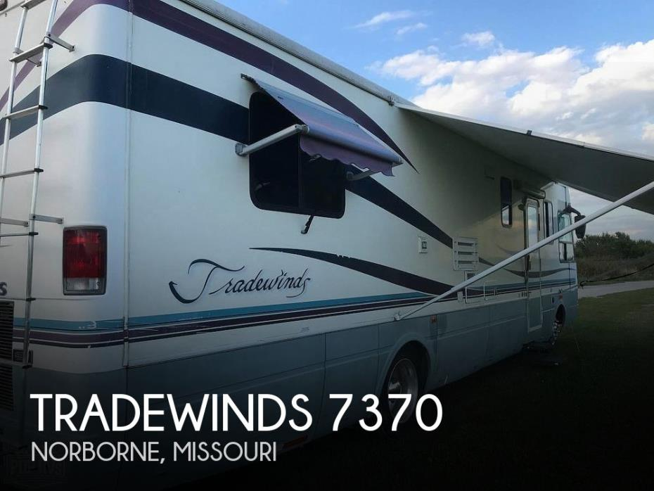 1998 National RV Tradewinds 7370