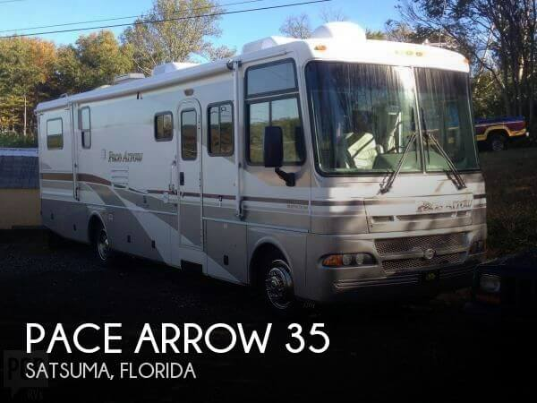 2002 Fleetwood Pace Arrow 35