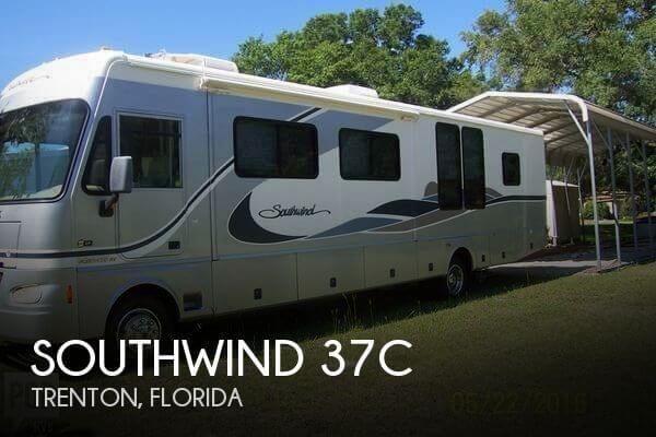 2004 Fleetwood Southwind 37C