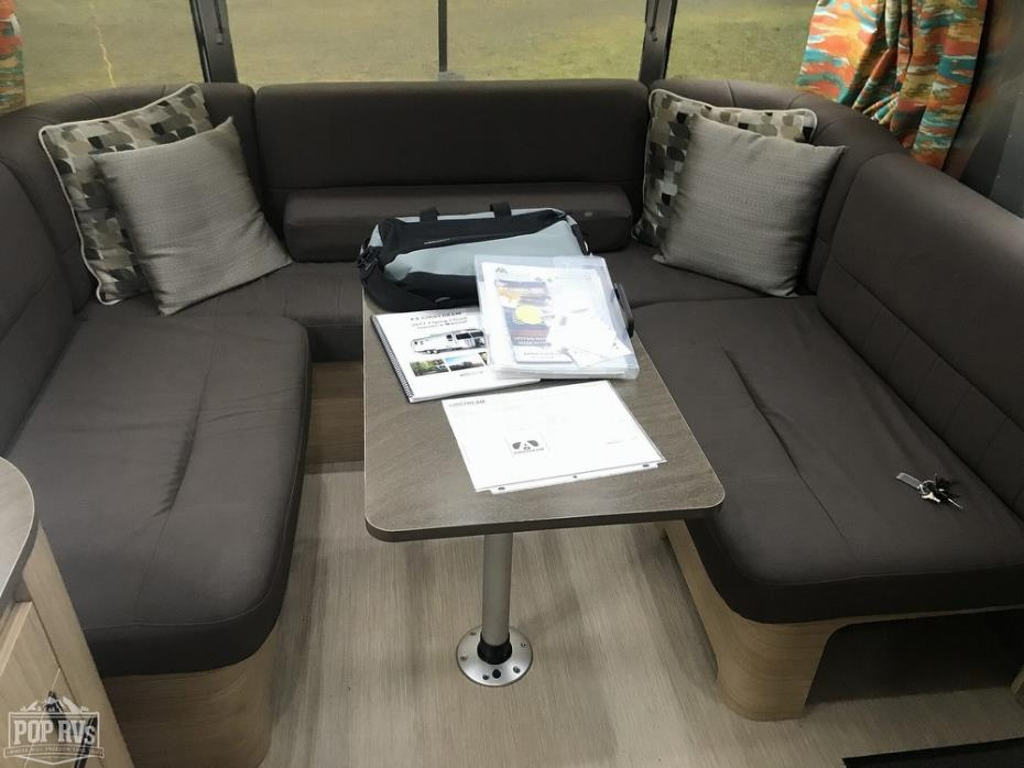2017 Airstream Flying Cloud 26RB