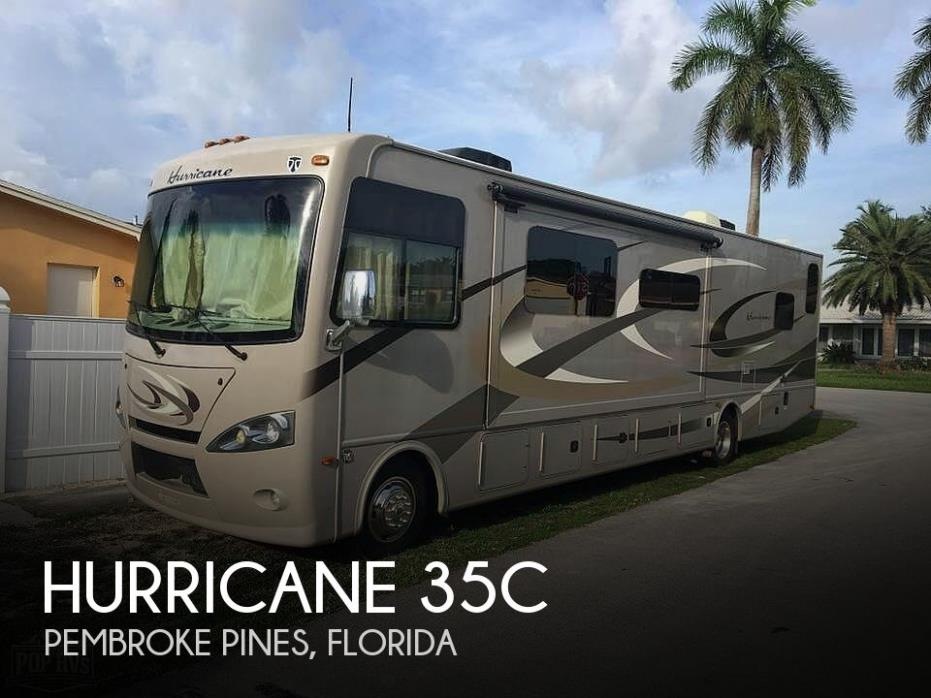 2015 Thor Motor Coach Hurricane 35C