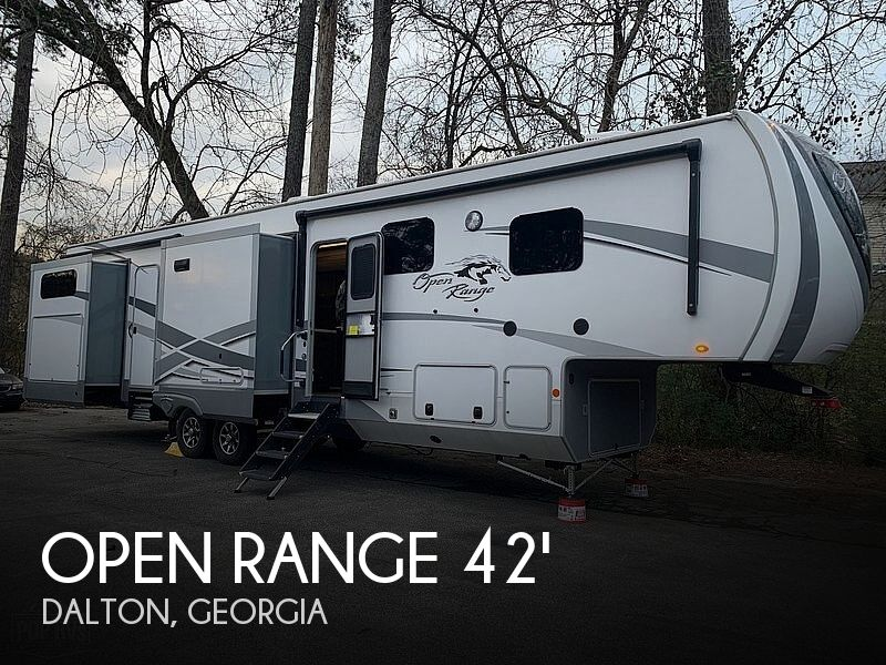 2019 Highland Ridge Open Range 427BHS