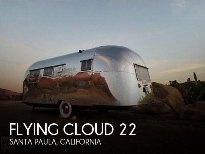 1957 Airstream Flying Cloud 22