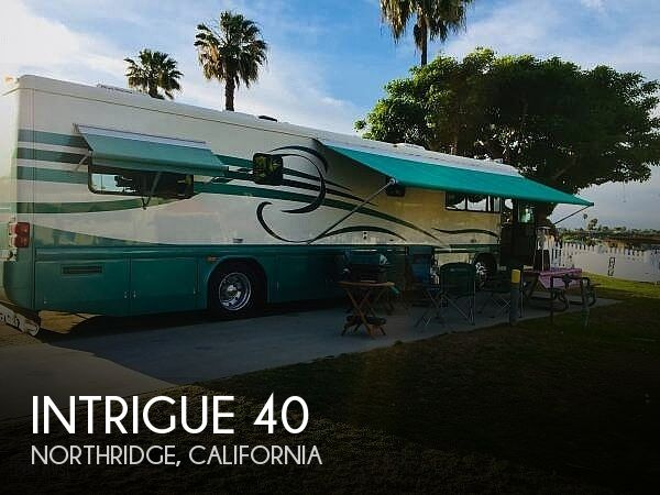 1998 Country Coach Intrigue 40