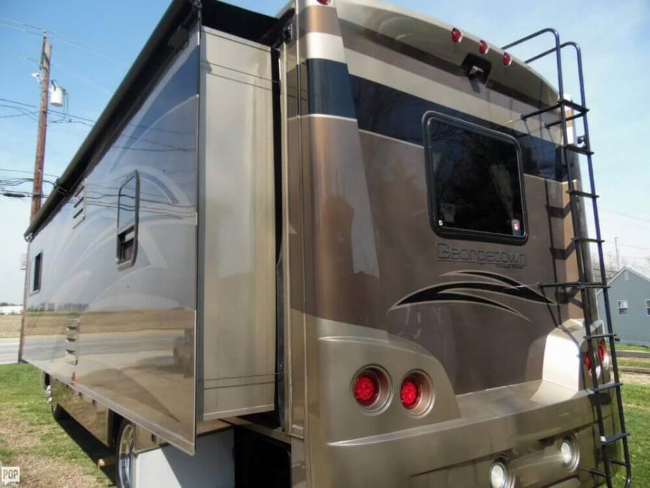 2011 Forest River Georgetown 337 DS, 7