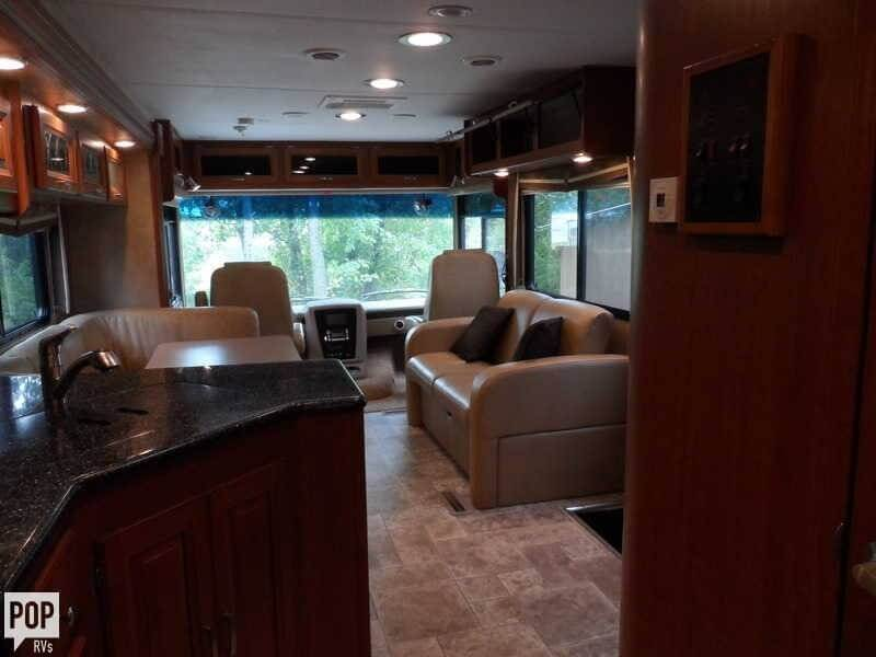 2011 Forest River Georgetown 337 DS, 6