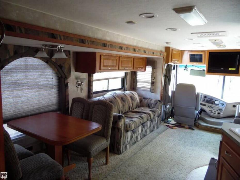 2004 Coachmen Aurora 3480DS, 11