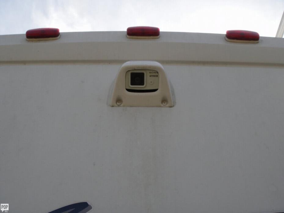 2003 Winnebago Adventurer 33V, 15