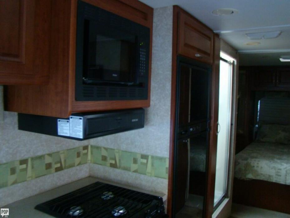 2006 Thor Motor Coach Four Winds 31P, 14