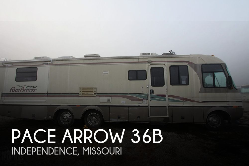 1997 Fleetwood Pace Arrow 36B