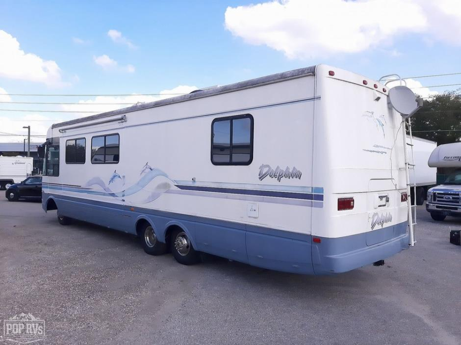 1997 National RV Dolphin 535S