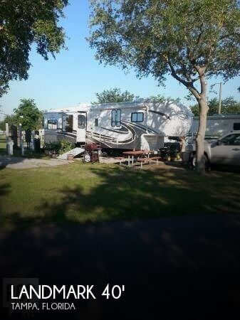 2008 Heartland Landmark 40 Fifth Wheel, 0