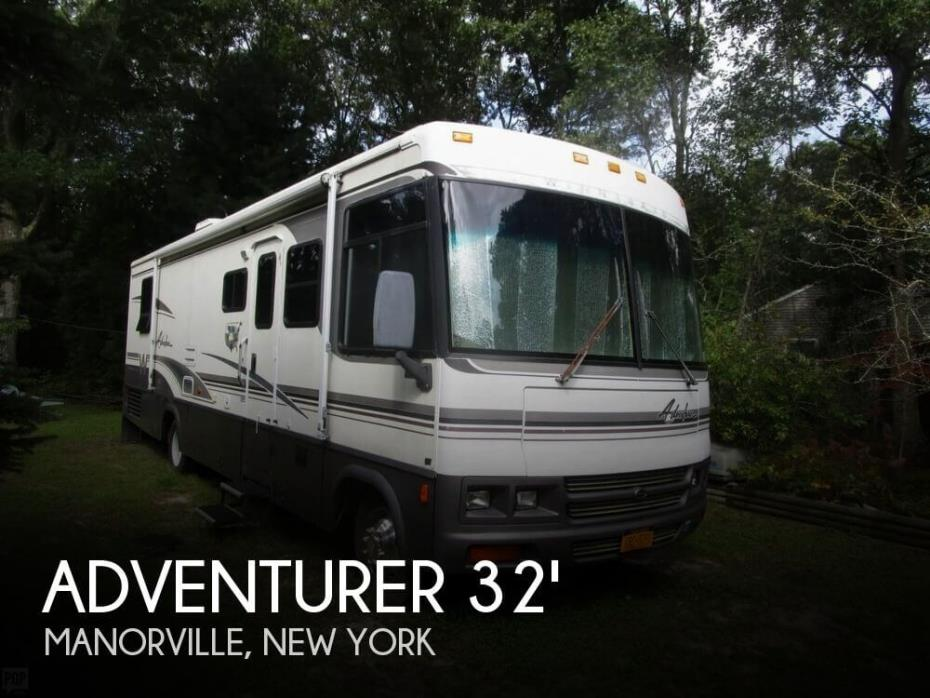 2001 Winnebago Adventurer 32V