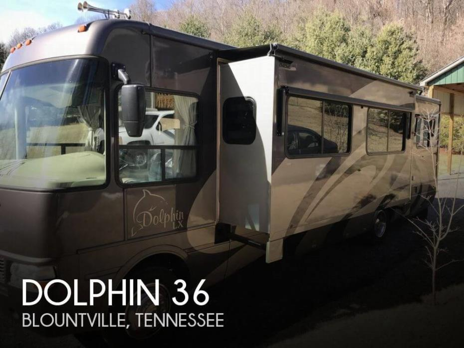 2006 National RV Dolphin 6342