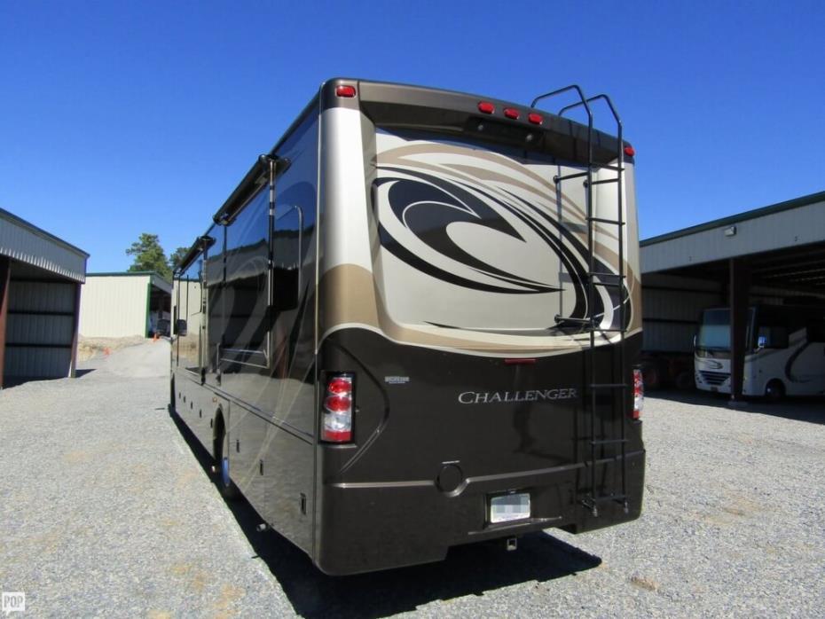 2016 Thor Motor Coach Challenger 37TB Bunkhouse, 5