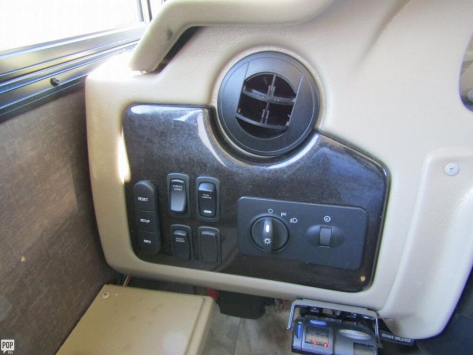 2016 Thor Motor Coach Challenger 37TB Bunkhouse, 17