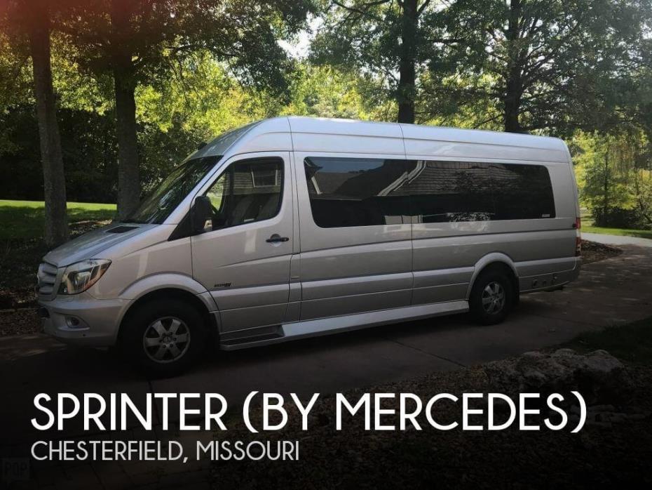2014 Sprinter (by Mercedes) Daycruiser