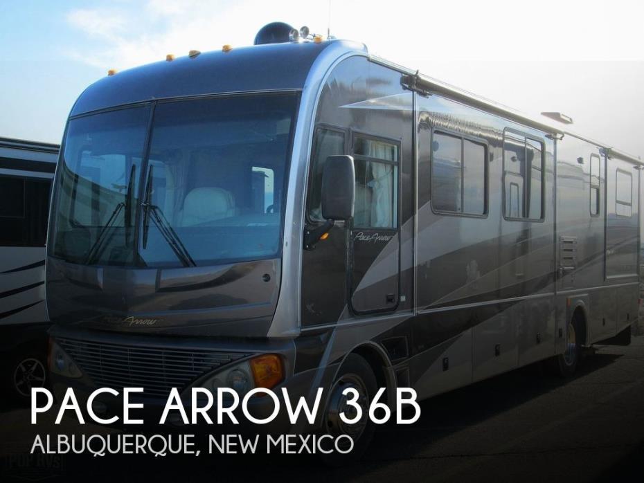 2005 Fleetwood Pace Arrow 36B