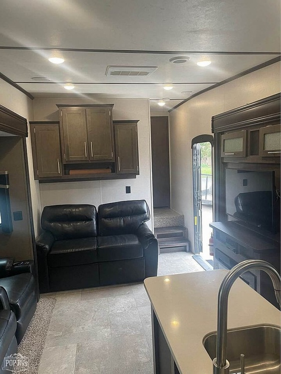 2018 CrossRoads Cruiser Aire CR28RD