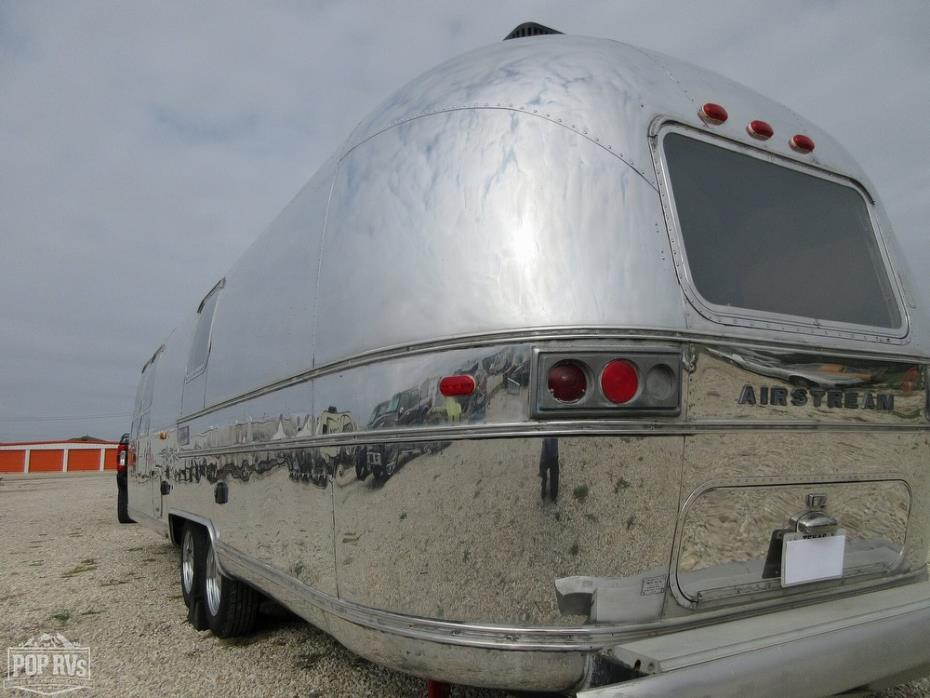 1974 Airstream Sovereign Land Yacht
