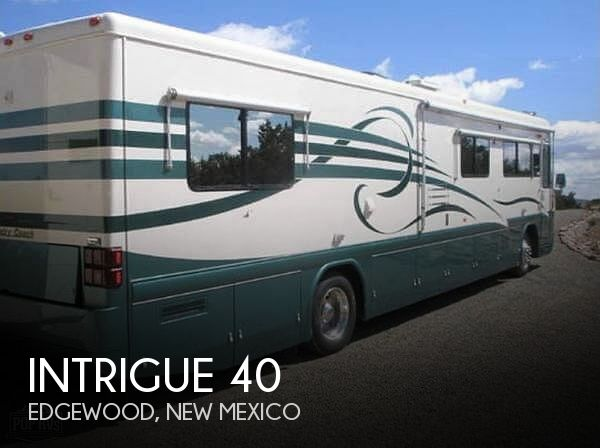 1999 Country Coach Intrigue 40