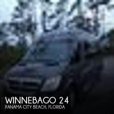 2009 Winnebago Winnebago 24
