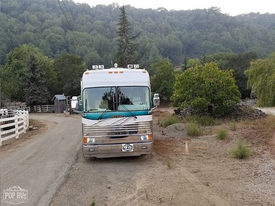 1997 Country Coach Country Coach Mirage XL 40