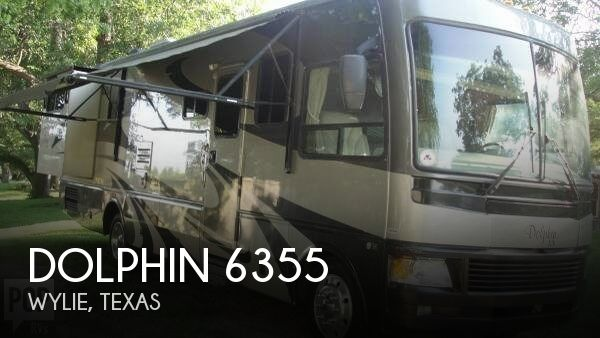 2006 National RV Dolphin 6355