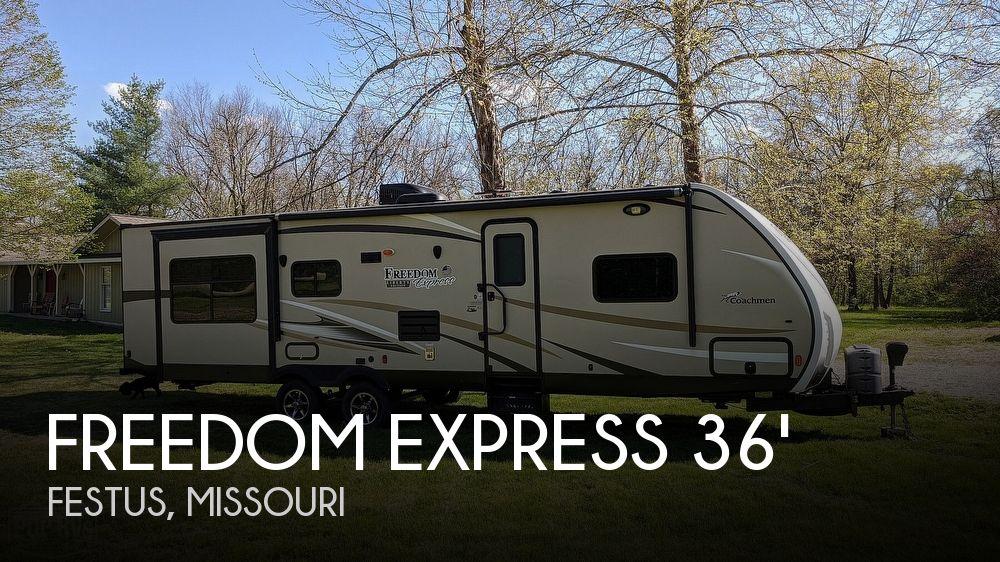 2016 Coachmen Freedom Express 298REDS