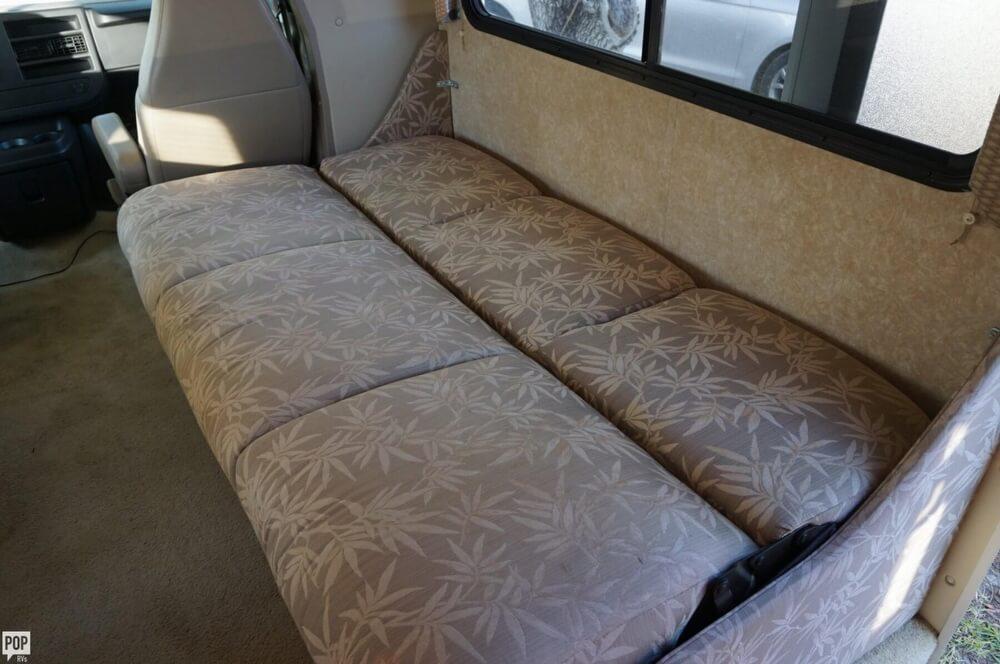 2009 Thor Motor Coach Four Winds 28A, 13