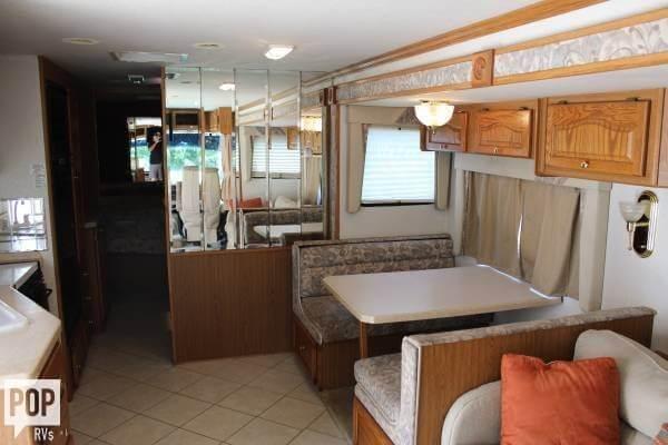 2000 Tiffin Allegro Bay 36, 1