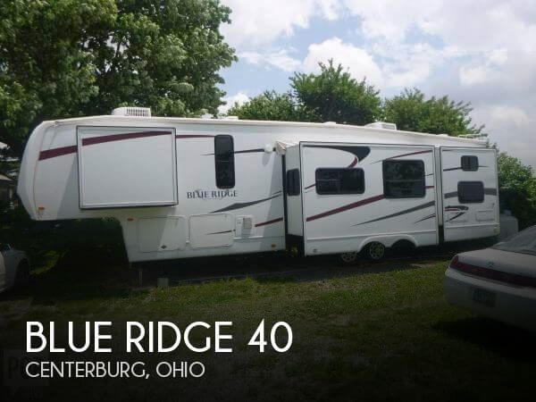 2010 Forest River Blue Ridge 3704BH