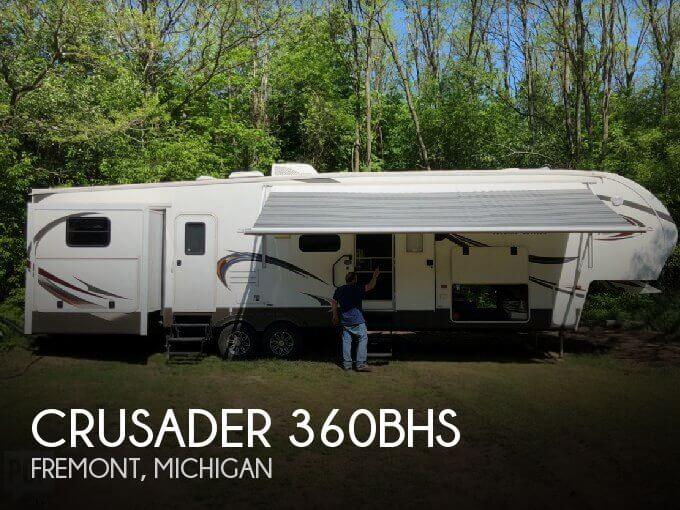 2014 Prime Time Crusader 360BHS