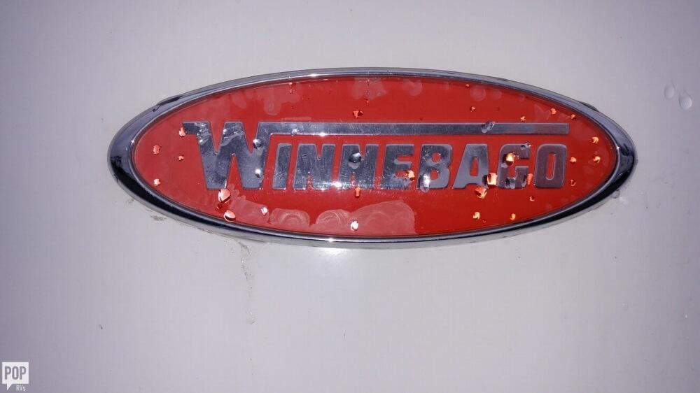 2013 Winnebago Winnebago Vista 26, 19