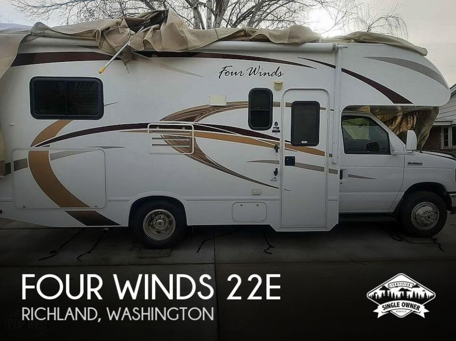 2013 Thor Motor Coach Four Winds 22E