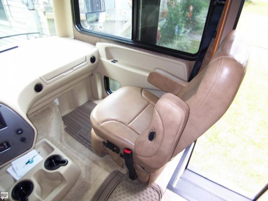 2014 Tiffin Allegro Tiffin 35 QBA Class A Bunk Coach, 18