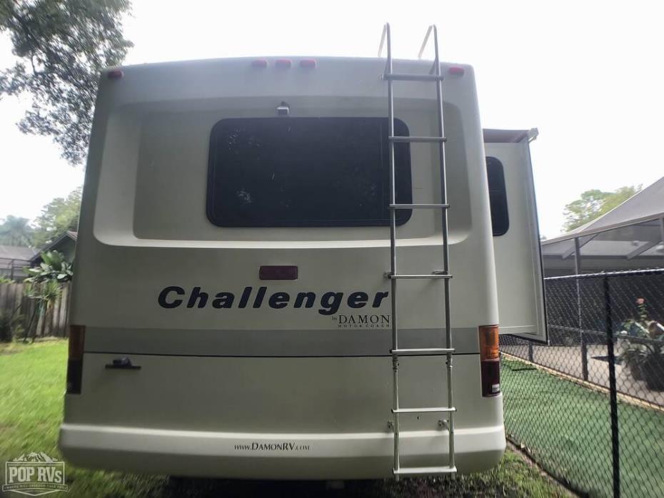 2004 Damon Challenger 371