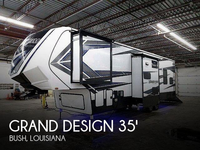 2018 Grand Design Momentum 351M